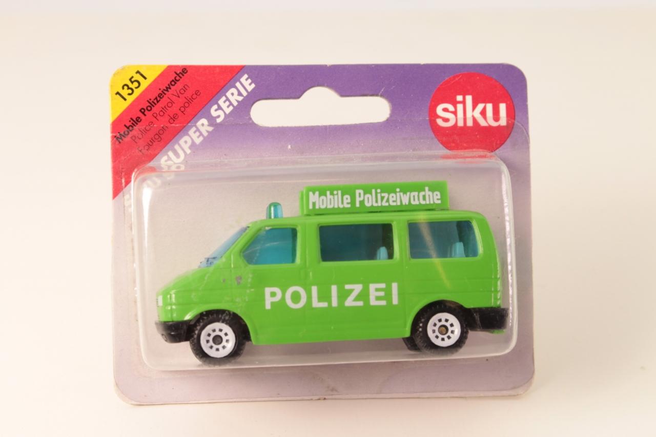 Siku #1351 - Police Patrol Van - Lime Green