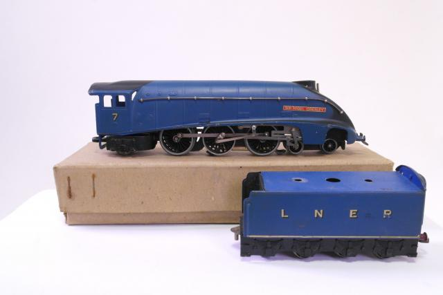 Picture Gallery for Hornby Dublo EDL1 Sir Nigel Gresley