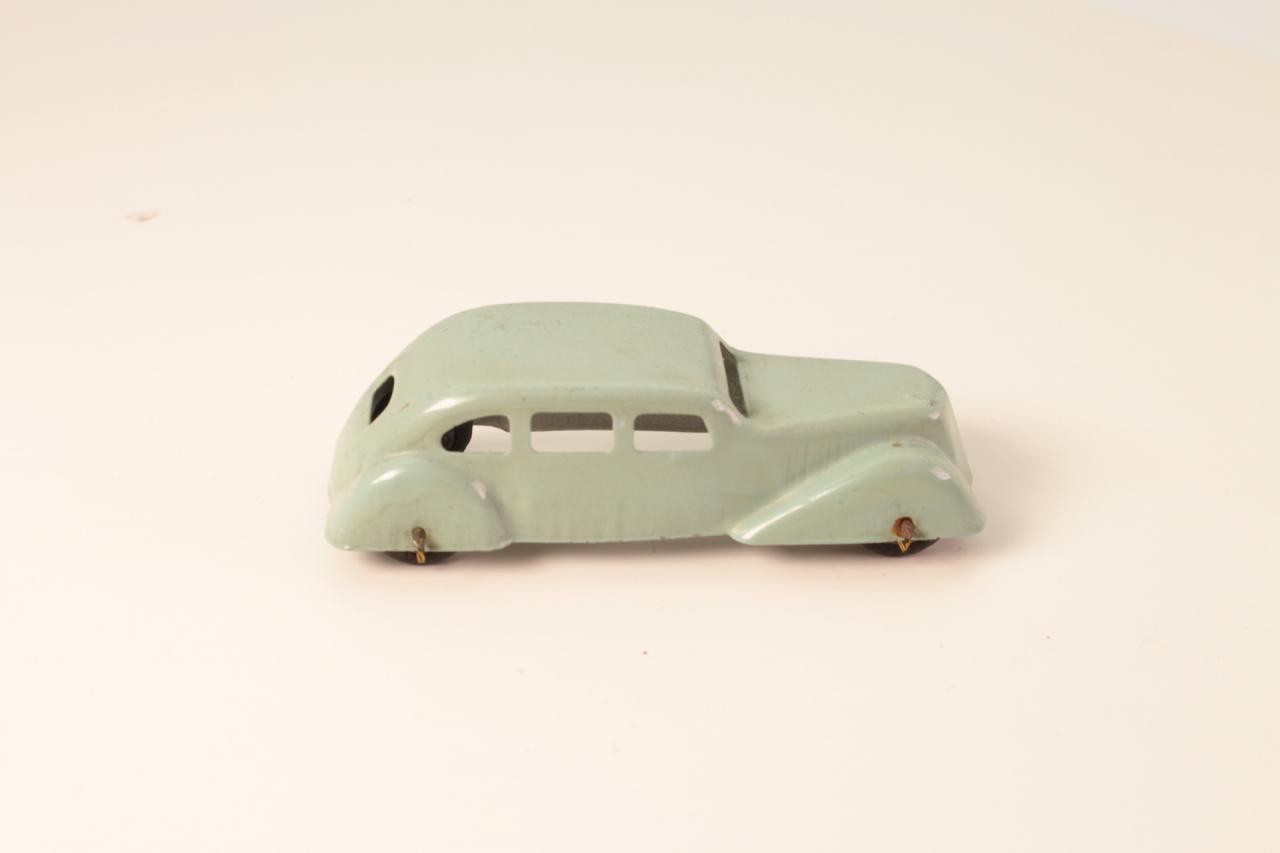- # - Saloon Car - Pale Green