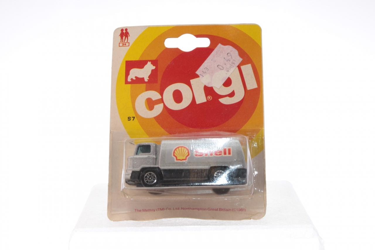 Picture Gallery for Corgi Juniors 97 Petrol Tanker