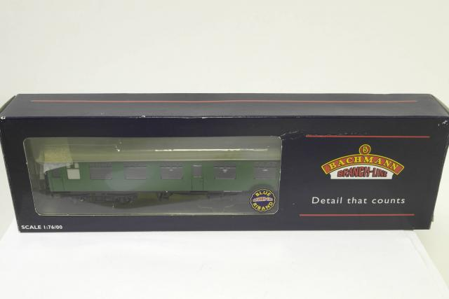 Picture Gallery for Bachmann 39-128A Composite CK Corridor Coach