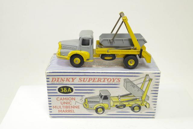 Picture Gallery for Dinky 38A UNIC Multibucket Truck