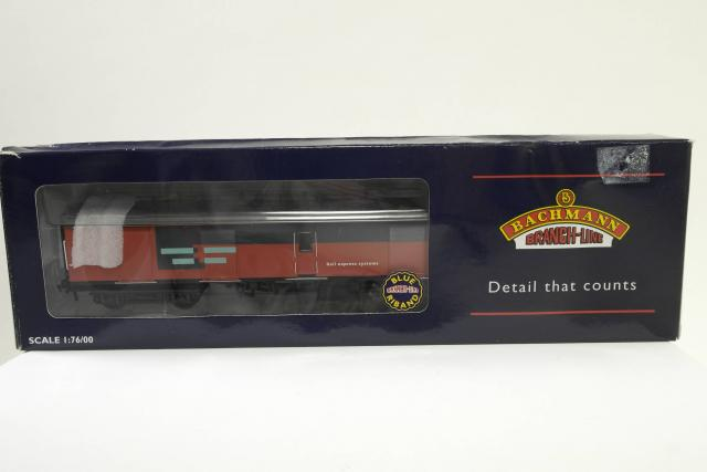 Picture Gallery for Bachmann 39-201 Full Brake Super BG