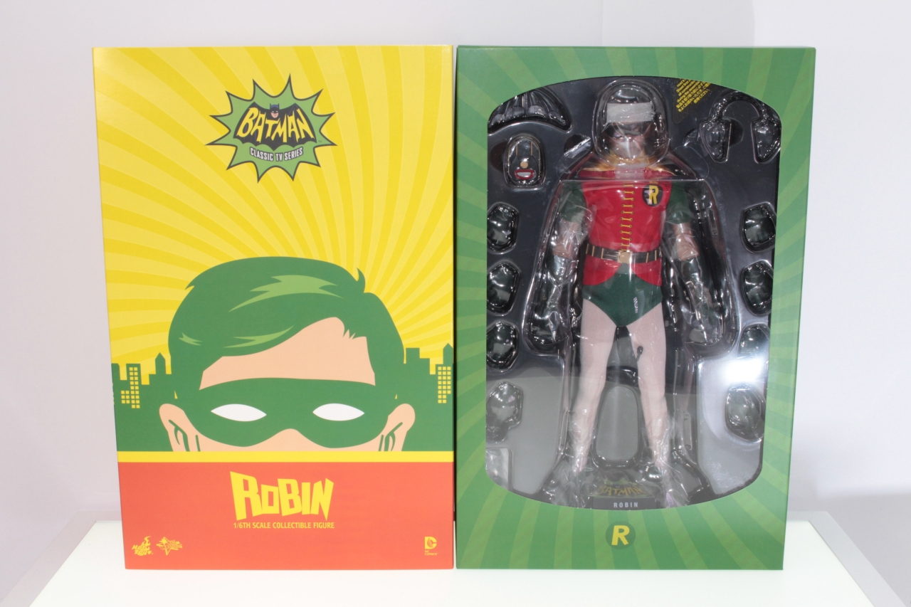 Picture Gallery for Hot Toys MMS219 Robin - Classic TV Series
