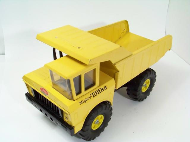 Tonka 2900 Dump Truck Free Price Guide Review
