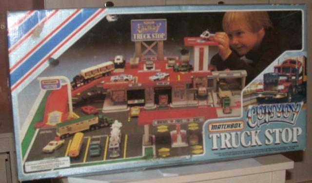Picture Gallery for Matchbox 550108 Convoy Truck Stop