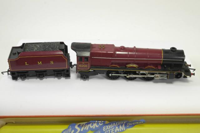 Picture Gallery for Hornby R258NS Locomotive - Princess Elizabeth