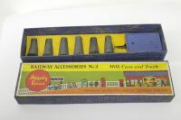Picture Gallery for Hornby O 2 Milk Cans & Truck
