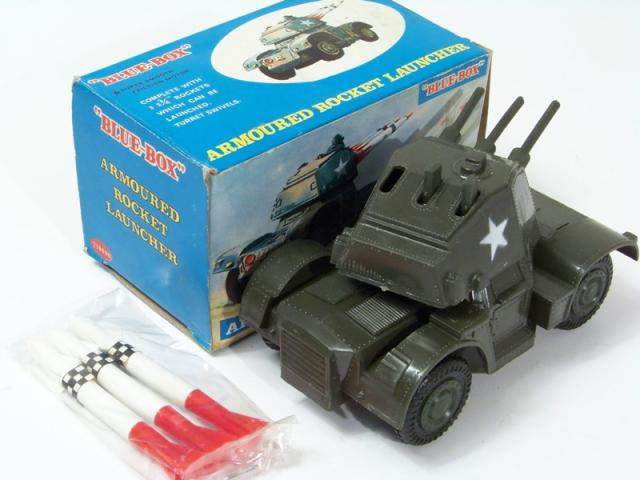 Picture Gallery for Blue Box 77809B Armoured Rocket Launcher