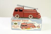 Dinky #32E - Berliet Fire Engine - Red