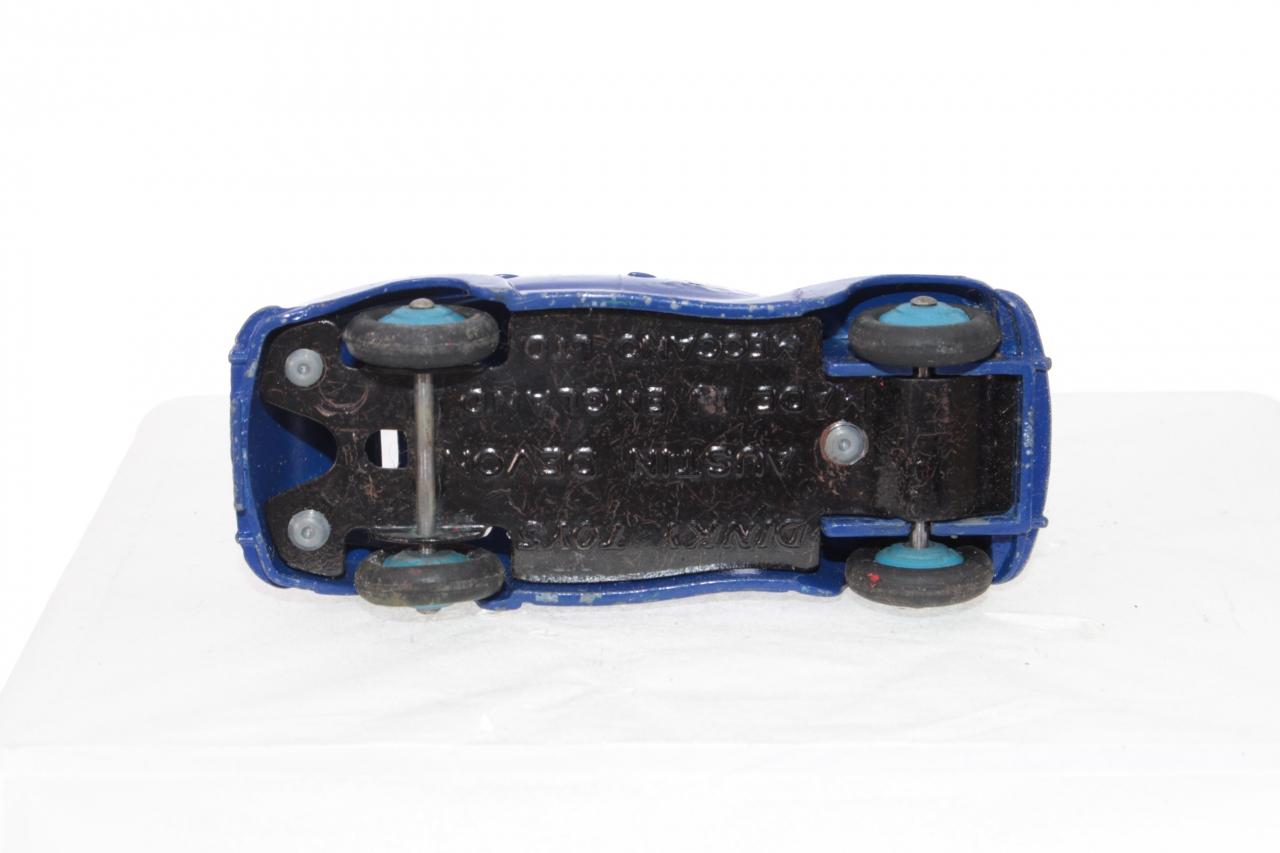 Dinky #40d - Austin A40 Devon - Blue