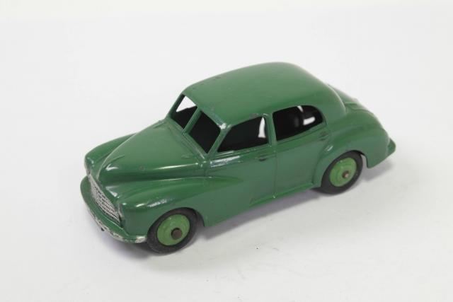Picture Gallery for Dinky 40g Morris Oxford