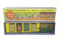 Picture Gallery for Hornby O 1 Miniature Luggage & truck