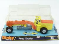 Picture Gallery for Dinky 963 Road Grader