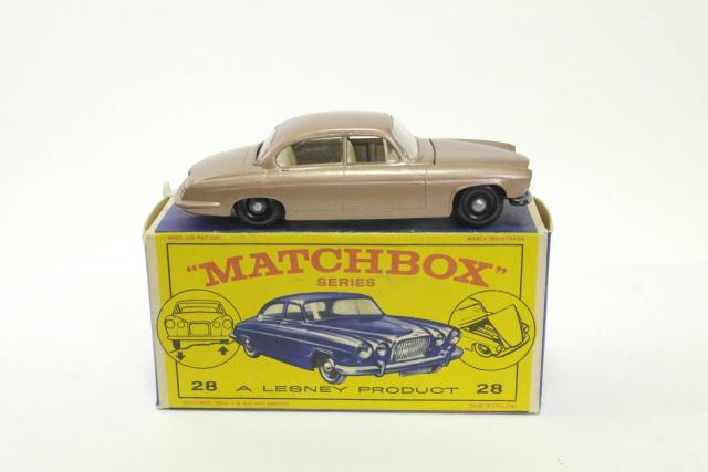 Picture Gallery for Matchbox 28c Jaguar MK 10