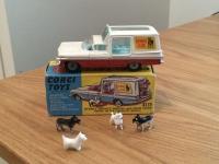Corgi #486 - Chevy Kennel Club - Red/White