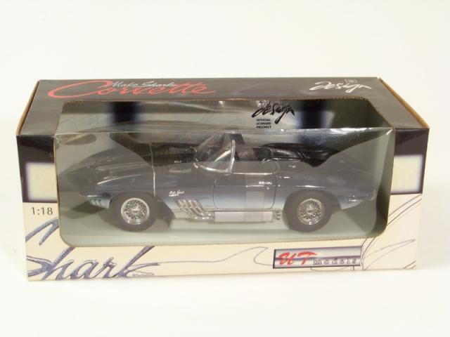 Picture Gallery for UT Models 21061 Corvette mako Shark