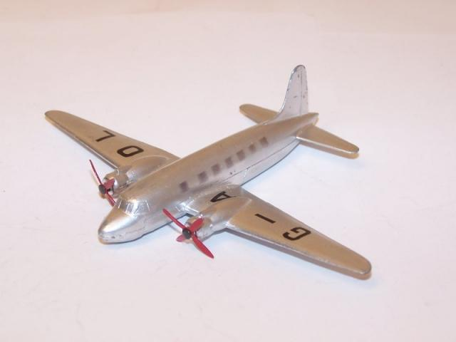 Picture Gallery for Dinky 705 Viking Air Liner