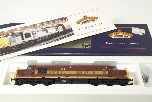 Picture Gallery for Bachmann 32-375 Diesel Loco RN 37419