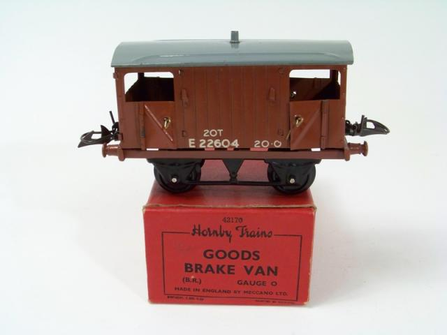Picture Gallery for Hornby O 42170 Goods Brake Van