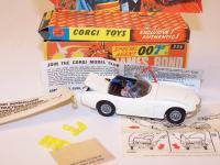 Bond Toyota 2000