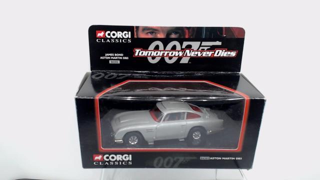 Corgi 04302 James Bond Aston Martin Db5 Free Price Guide Review