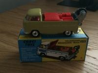 Corgi #490 - VW Breakdown truck - Biege (Concave Hubs)