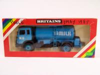 Picture Gallery for Britains 9604 Milk Transporter