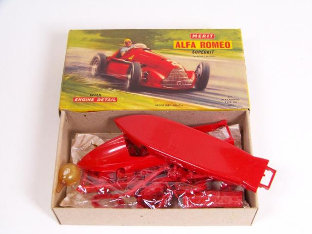 Picture Gallery for Merit 4601 Alpha Romeo Kit