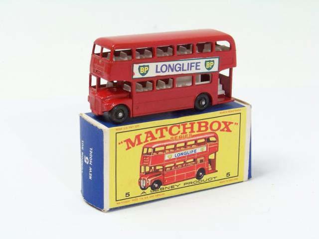Matchbox Lesney 5b Routemaster BusThe Baron of beefWaterslide Transfer