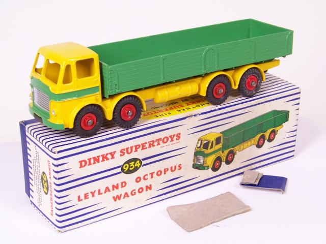 Picture Gallery for Dinky 934 Leyland Octopus Wagon