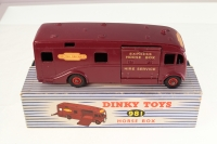 Dinky #981 - BR Horse Box - Maroon