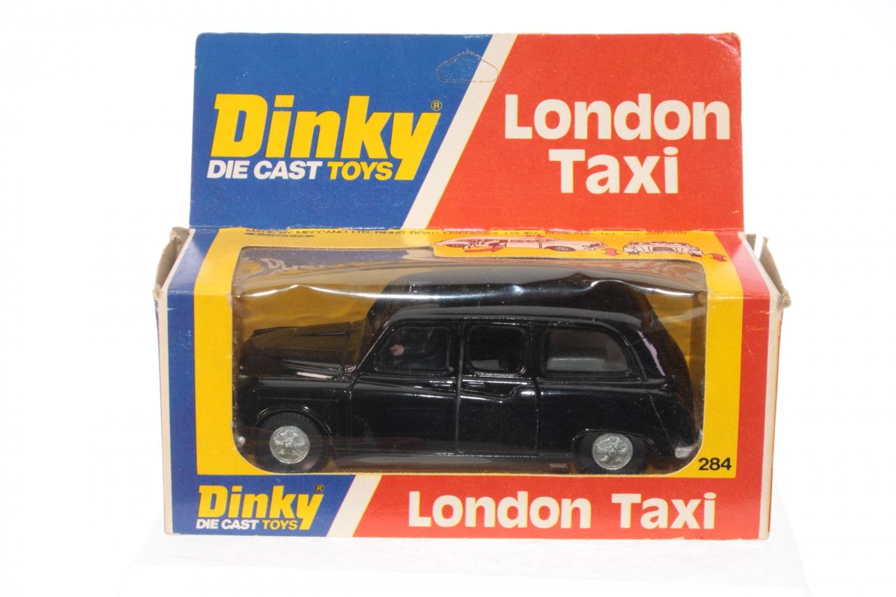Dinky #284 - London Austin Taxi - Black (Early Box)