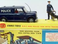 Picture Gallery for Corgi 448 Police Mini Van