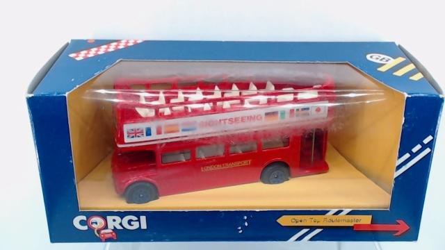 Picture Gallery for Corgi C6252 Routemaster