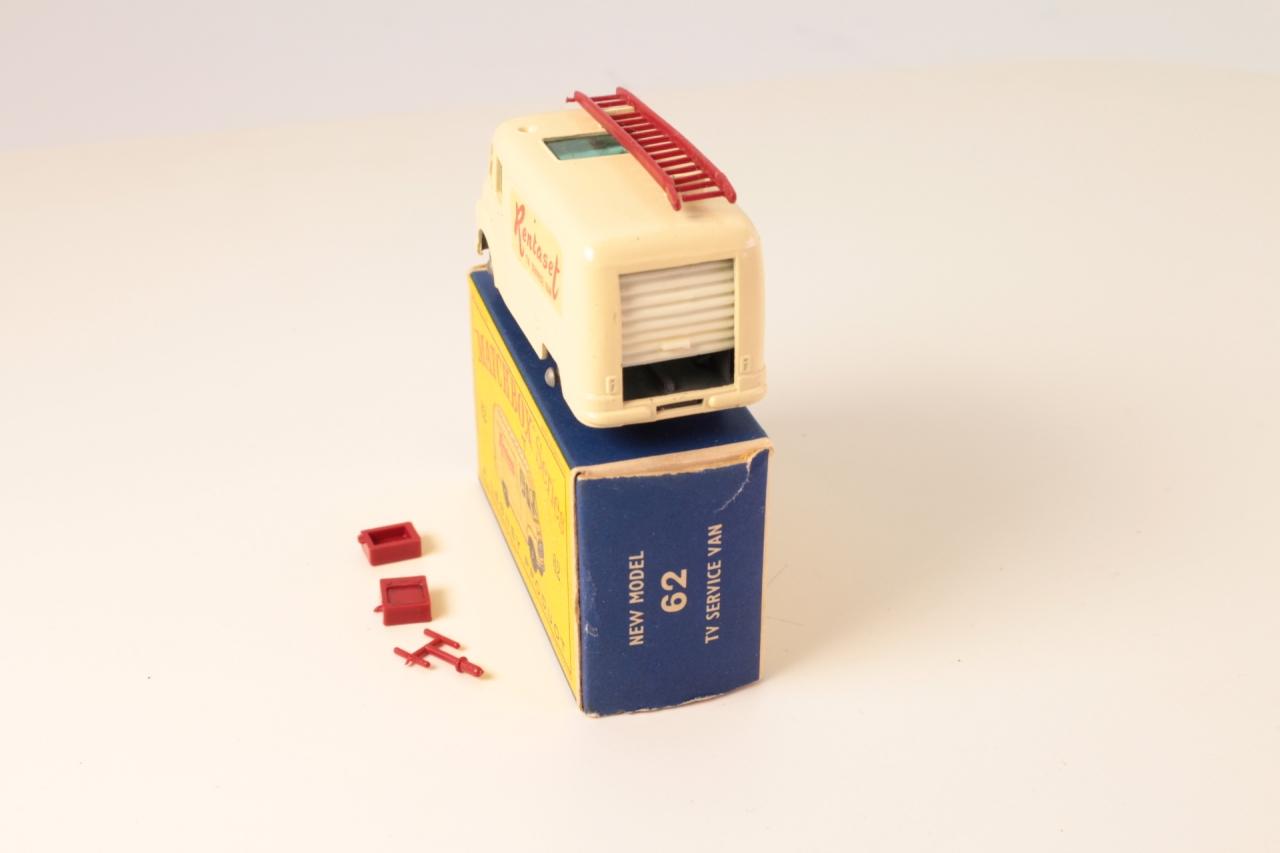 Matchbox #62b - Commer Rentaset Van - Cream