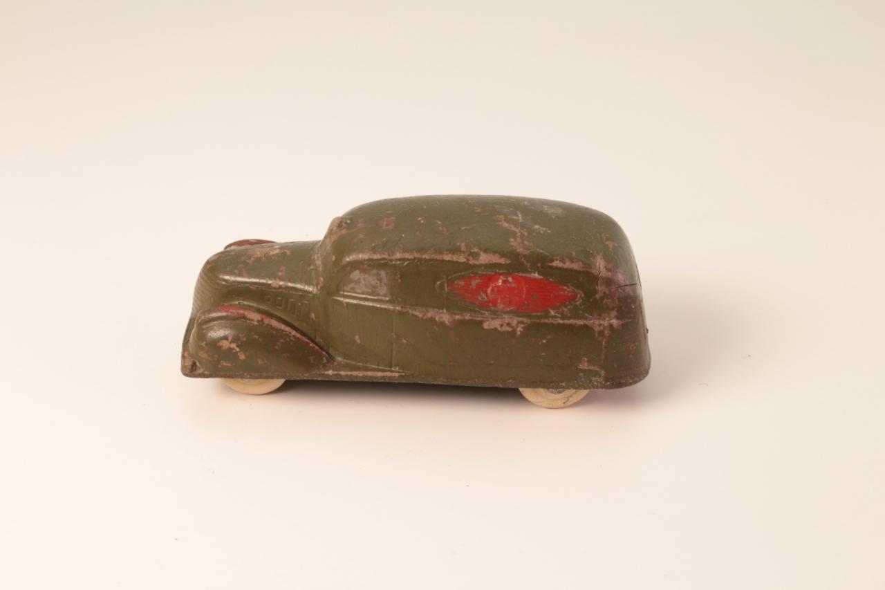 Sun Rubber #525 - Military Ambulance - Green