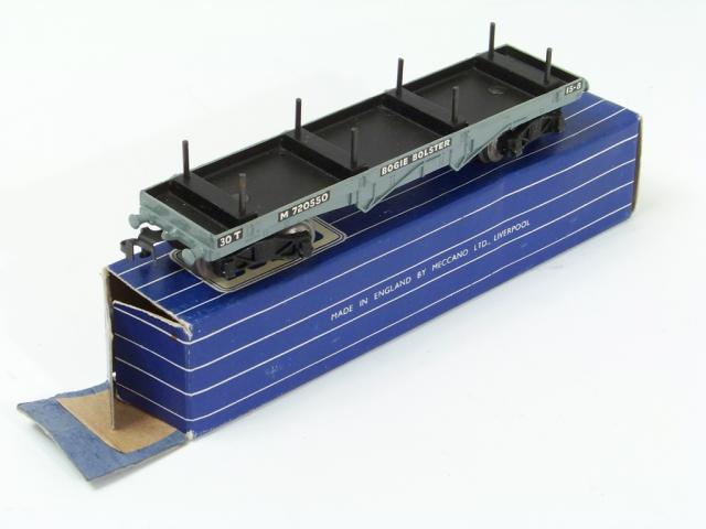 Picture Gallery for Hornby Dublo D1-32051 Bogie Bolster Wagon