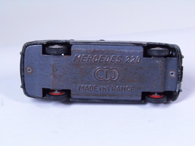 Picture Gallery for CIJ 3/12 Mercedes 220