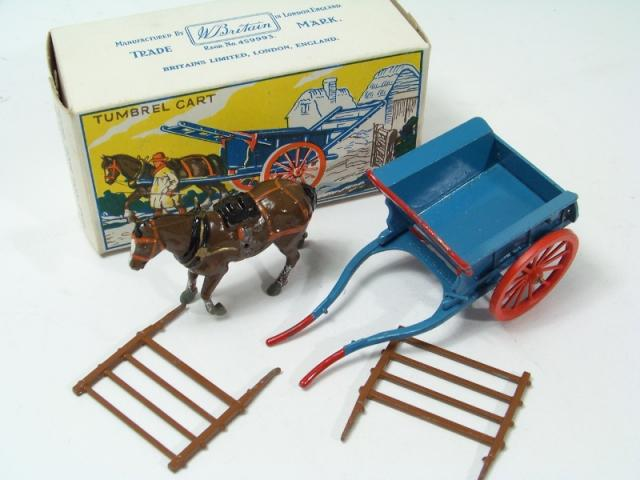 Picture Gallery for Britains Farm 4F Tumbrel Cart