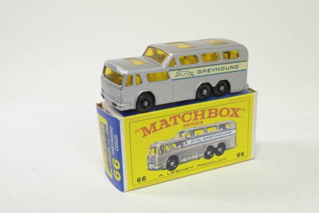 66 RARE VINTAGE 1967 Matchbox Lesney GREYHOUND COACH No