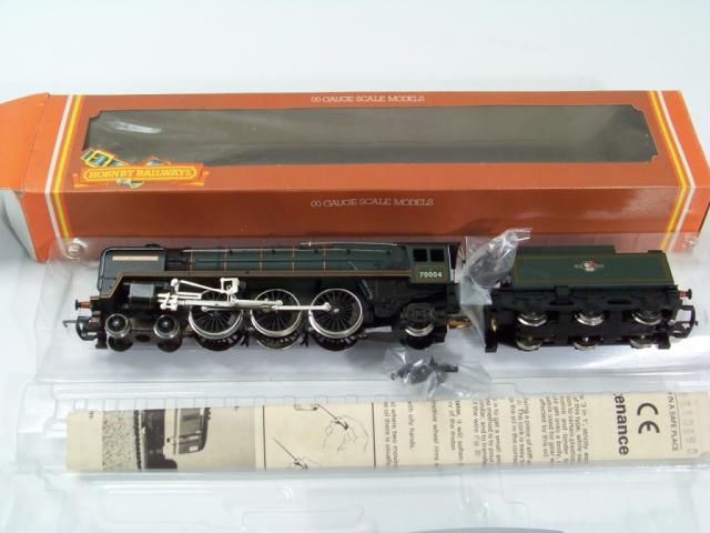 Picture Gallery for Hornby R329 BR 4-6-2 Locomotive