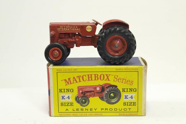 Picture Gallery for Matchbox K-4 McCormick International Tractor