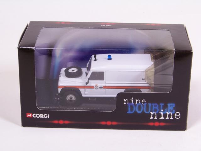Picture Gallery for Corgi Classics CC07715 Land Rover Defender