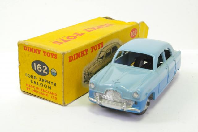 FORD ZEPHYR SALOON BLUE  DINKY TOYS JUNIOR 104  NEU  OVP