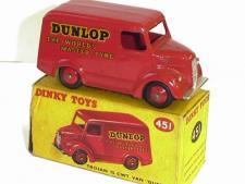 Picture Gallery for Dinky 451 Trojan 15cwt Van (Dunlop)