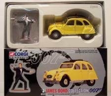 James Bond Citroen 2CV