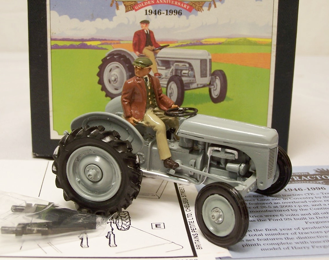 Picture Gallery for Britains Farm 8711 Ferguson TE 20 Tractor