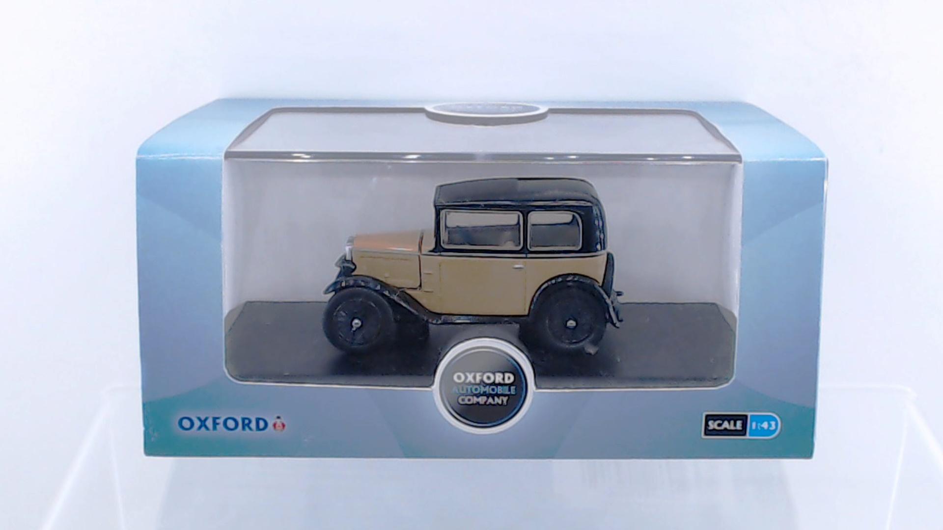 Oxford 1//43 Austin Seven RN Van Liptons Tea # ASV003
