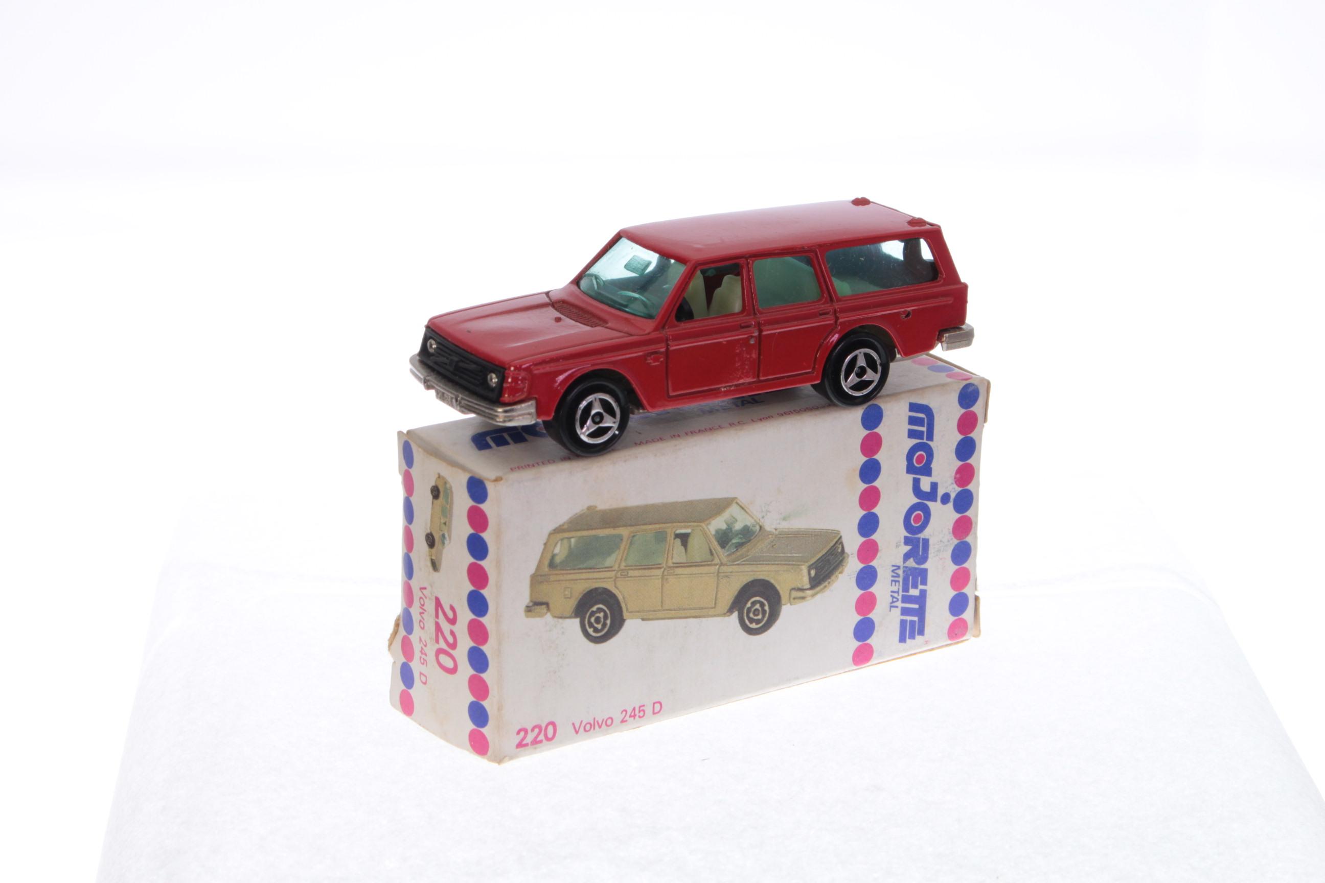 Picture Gallery for Majorette 220 Volvo 245D